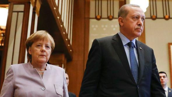 Merkel ile Erdoğan G-20 Zirvesi Öncesinde Görüşecek