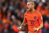 Sneijder Galatasaray'dan Gidecek Mi?