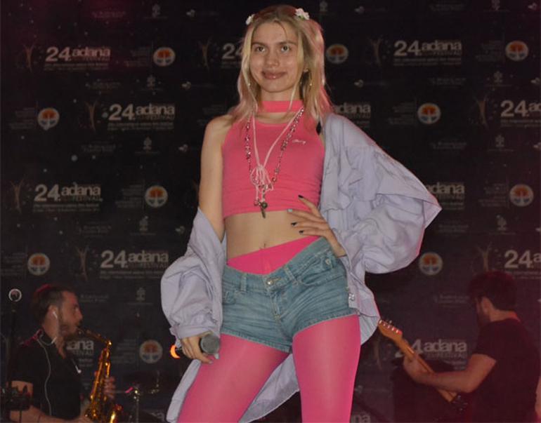 Aleyna Tilki Adana Konseri