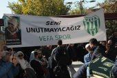 Ünlü şarkıcı Hakan Altun Cenazede Fenalaştı