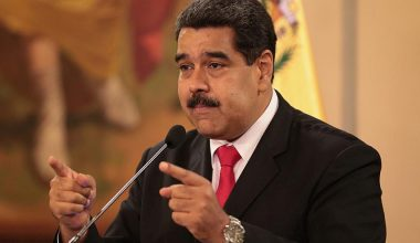 Venezuela'da Darbe Girişimi!