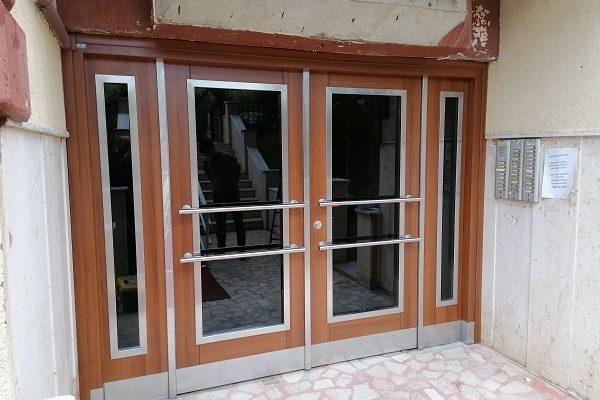 İstanbul'da Bina Kapıları